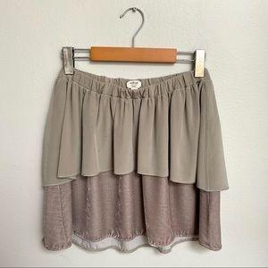 Wilfred Aritzia Rare Silk and Velvet Pleated Mini Skirt Grey Size Small